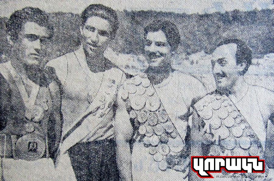 1956-06-28-2-spotsmenner